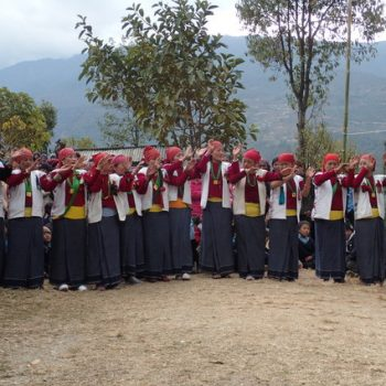 Students gather for photo on Nepal Tour